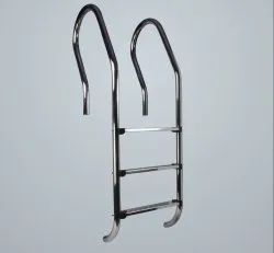 Stainless Steel Ladders, Number Of Steps: 2-5 Steps, Material Grade: Ss 316