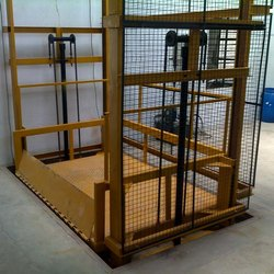 MS Double Mast Industrial Goods Lift, 2-4 Person, Capacity: 3-4 ton