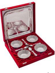 Brassware 4 Bowl with Spoon  and tray Set