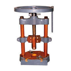 Hand Operated Paper Plate Machine