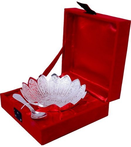 Floral White Metal Bowl Set, For Gift,Daily Use