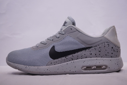 sports shoes 6f2d8 ac216 Men Gray Nike Air Max Tavas Tiya Shoe, Size  6 And 9