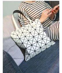 white shoulder bag