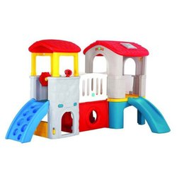 Deluxe Playing Center