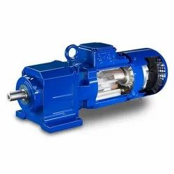 1.5 Kw Three Phase Helical Geared Motor, 126 Rpm