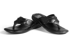 BXXY Black Men Slippers, Size: 6 and 9