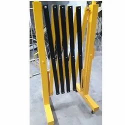Safety Expandable Barricade