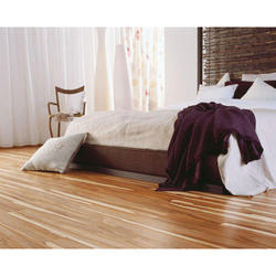 Laminated Wooden Flooring, For Household, 10 To 12 Mm