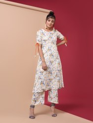 Rayon Kurta Pant Set In Floral Prints