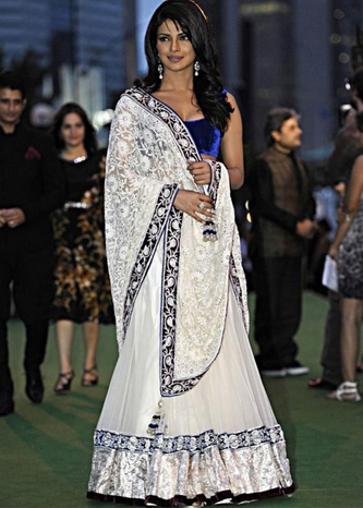 f17a1d11c2c White Velvet Priyanka Chopra Bollywood Design Embroidery Saree