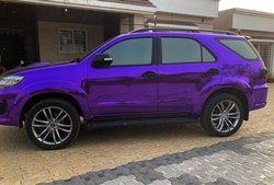 purple chrome  car wraps