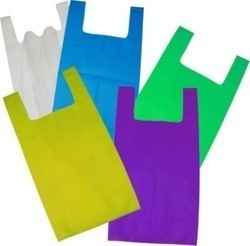U & W Cut Non Woven Carry Bags