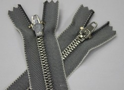 No 8 Jean Metal Zippers