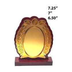 7 Wooden Memento