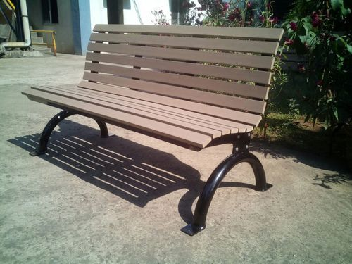 Wooden And Metal Garden Bench Size Feet 5 Ft Long Rs 14800