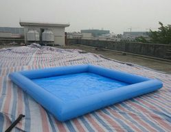 Rubber Blue Inflatable Pool for Hotel, Height: 3 Feet
