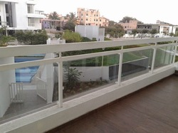 Aluminum Glass Railing