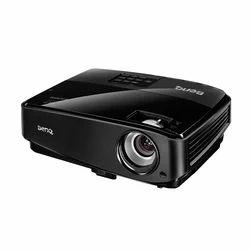 BenQ W1090 Projector