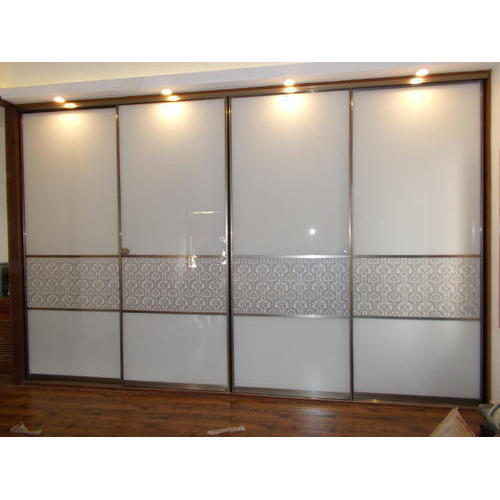 4 Door Wardrobe With Two Mirrors