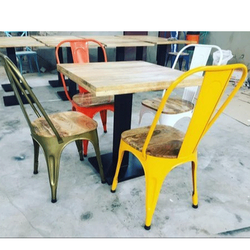 Maahi Exim Paint Coated Restaurant Table And Chair