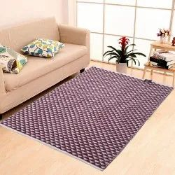 Triangle Cosmorugs Designer Maroon N White Cotton Carpet, For Home, Size: 4x6 Feet