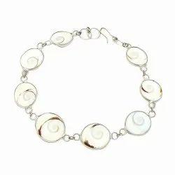 White Metal Natural Gomti Chakra Bracelet