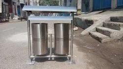 Stainless Steel Dustbin With Display And Canopy