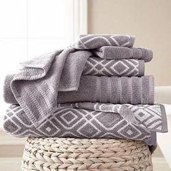 Stripped Jacquard Bath Towel, 550-650 GSM