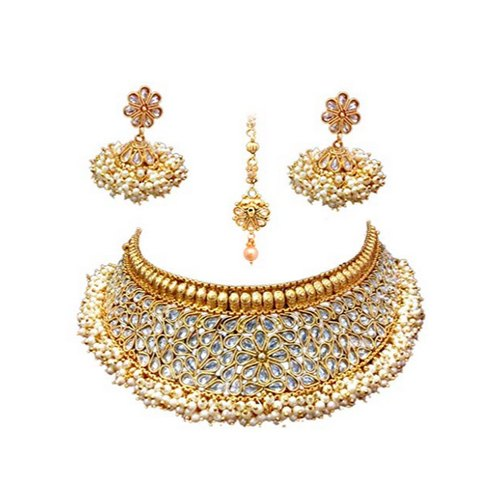 Golden Party Ladies Necklace Set