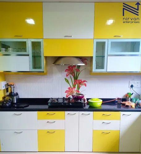 White Yellow Wooden L Shape Modular Kitchen High Gloss Laminate Finish Rs 132000 Kitchen Id 21865177191