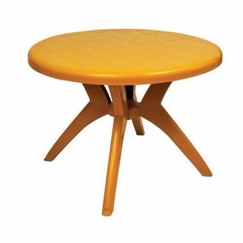 Merveilleux Round Brown Plastic Dinner Table