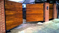 Collapsible Sliding Gate