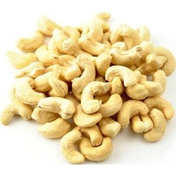 Natural Wholes Raw W450 Cashew Nut, Packaging Size: 25 Kg, Packaging Type: Tin