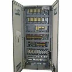 Mild Steel Three Phase Distribution Control Panel, IP Rating: IP40