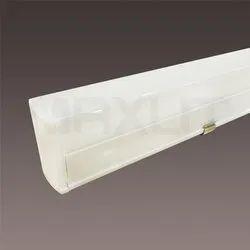 MAXLIT Polycarbonate LED Tube T5 Batten PC 10W