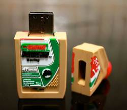 Castrol Can Shape USB Drive