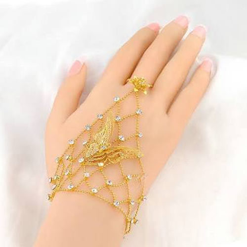 Golden Ladies Gold Finger Ring Bracelet Rs 4000 Gram Abhay