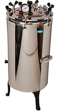 Weswox Vertical High Pressure Triple Walled Autoclave, Chamber Volume: 22-152 Litre