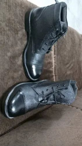 Dms Army Shoes, Packaging Type: Carton