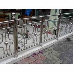 SS Designer Balcony Railing