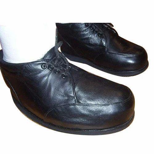 Orthopedic Shoes at Rs 1800/pair