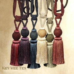 Key Vee Tex Silk Key Tassels