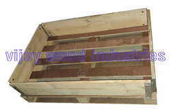 Pinewood Collapsible Collar Box, For Shipping