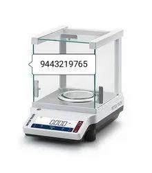 Mettler Toledo Diamond Weighing Balance. JE703CE