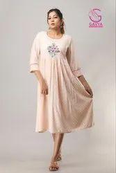 Round Neack Princess Cut Pink embroidery dress
