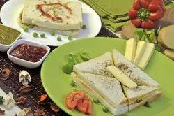 Alu Matar Sandwich