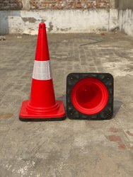 TRAFFIC CONE 4.2KG RUBBER BASE