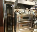 Ss Single Gas Baking Oven, Baking Capacity: 4 Trays (16x24 Inches)