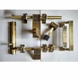 Antique Finished Decent Brass Door Kit, Rod Thickness: 14 - 16 Mm