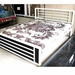Double Bed DB32